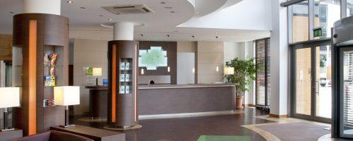 holiday-inn-zwickau-lobby