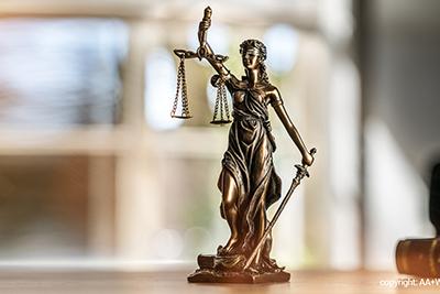 Gesetze fuer die Jugend uns Auszubildendenvertretung Wissen