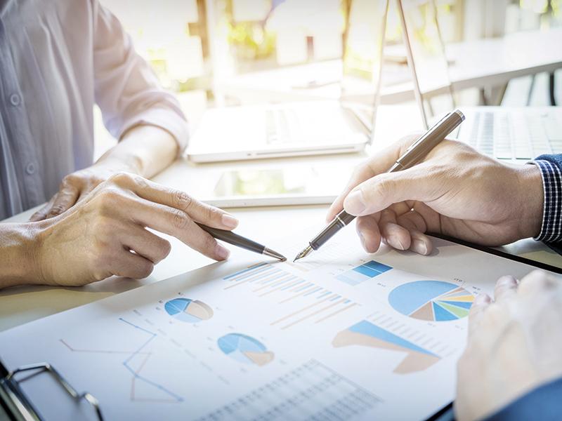 Wir bieten dem Wirtschaftsausschuss und Betriebsräten Seminare zu Grundlagen der Betriebswirtschaft an sowie update Seminare zur Auffrischung an